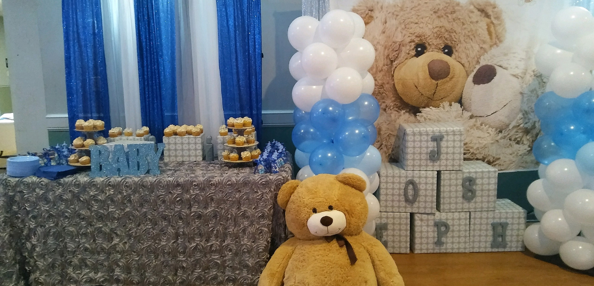 Baby Shower W/ Teddy Bear