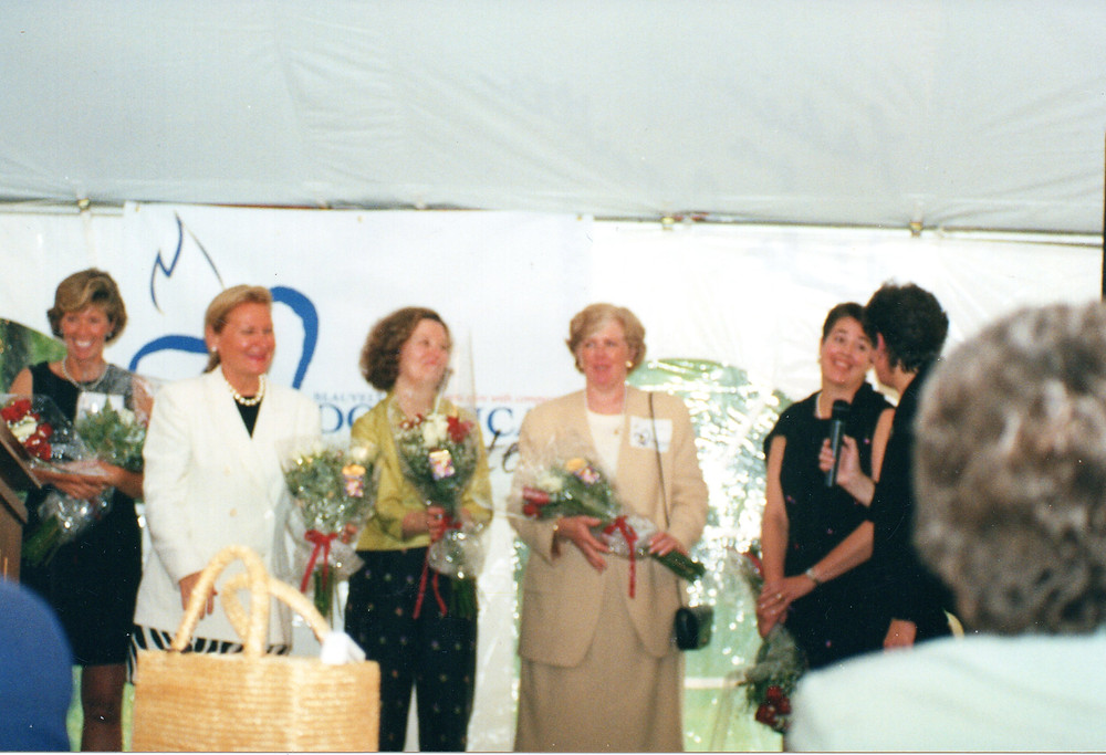 The 2001 Gala Committee