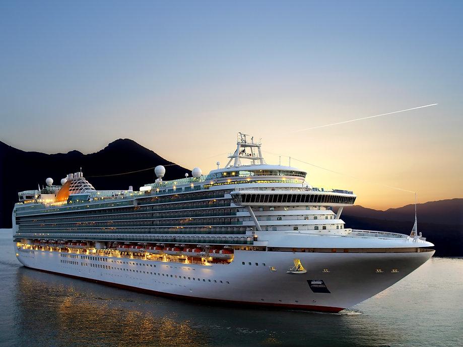 Cruise-Ship-DP5940378.jpg