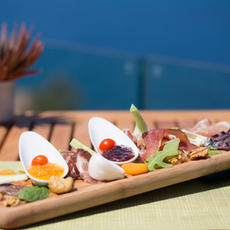 ARTISAN COLD CUTS & CHEESE