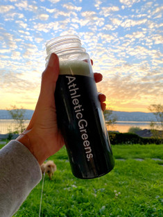 Athletic Greens Honest Review + Everything You Need To Know