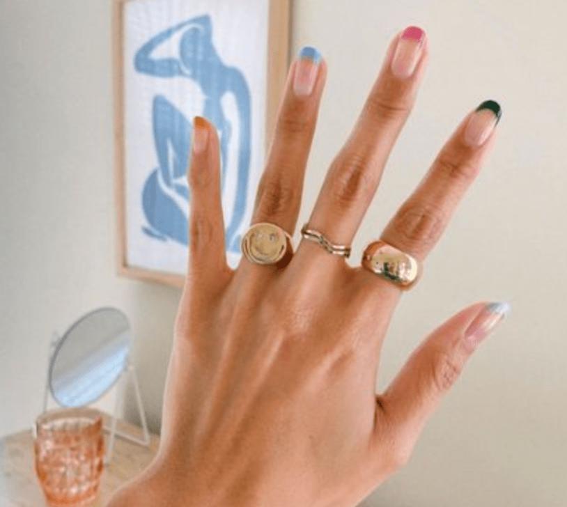 minimal neutral nail art