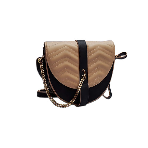 Quilted chain detail saddle bag