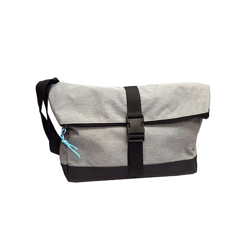 Roll top nylon messenger bag
