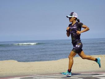 Triatleta Ada Bravo bate récord nacional en Ironman 70.3 Lima 2019