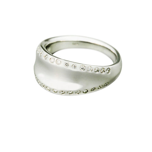 18ct Aspect Ring