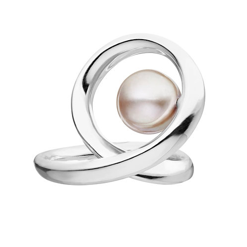 Paveena Ring