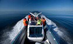 Aksi saarele transport