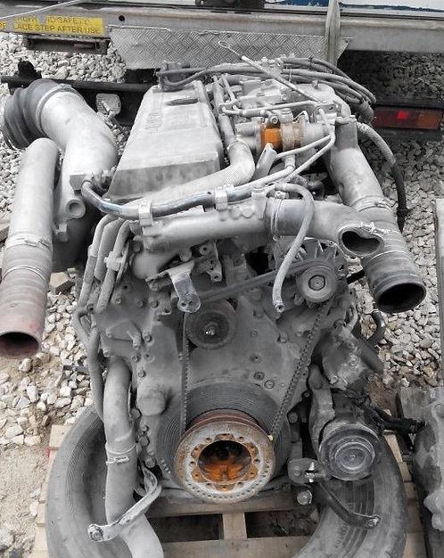 6WF1 Двигатель в сборе