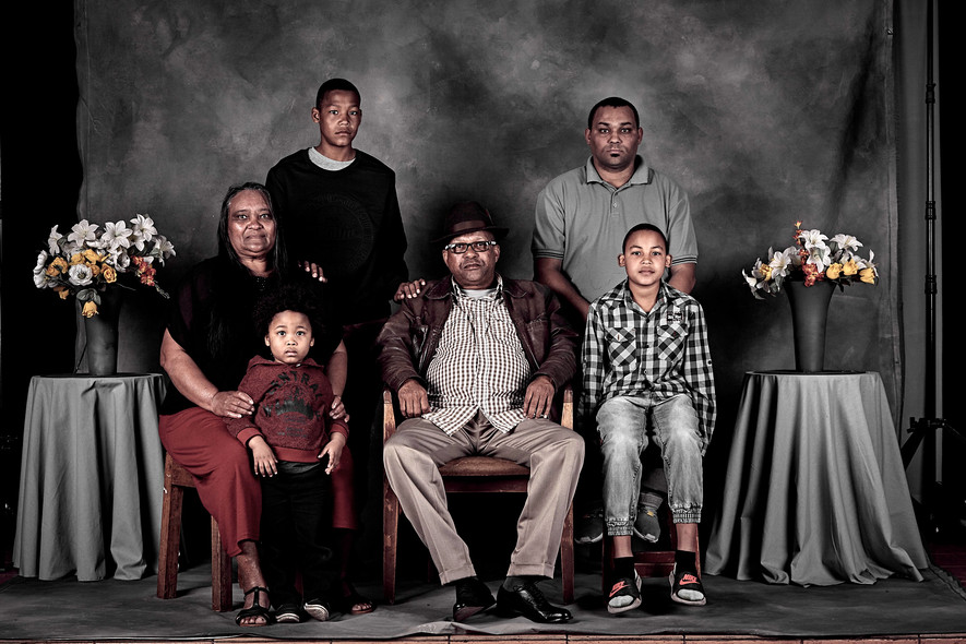 THE FAMILY PORTRAIT PROJECT