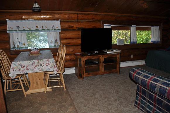 Table with four chairs - Daniels Lake Cabins/Kenai Peninsula, Alaska/Vacation Rentals