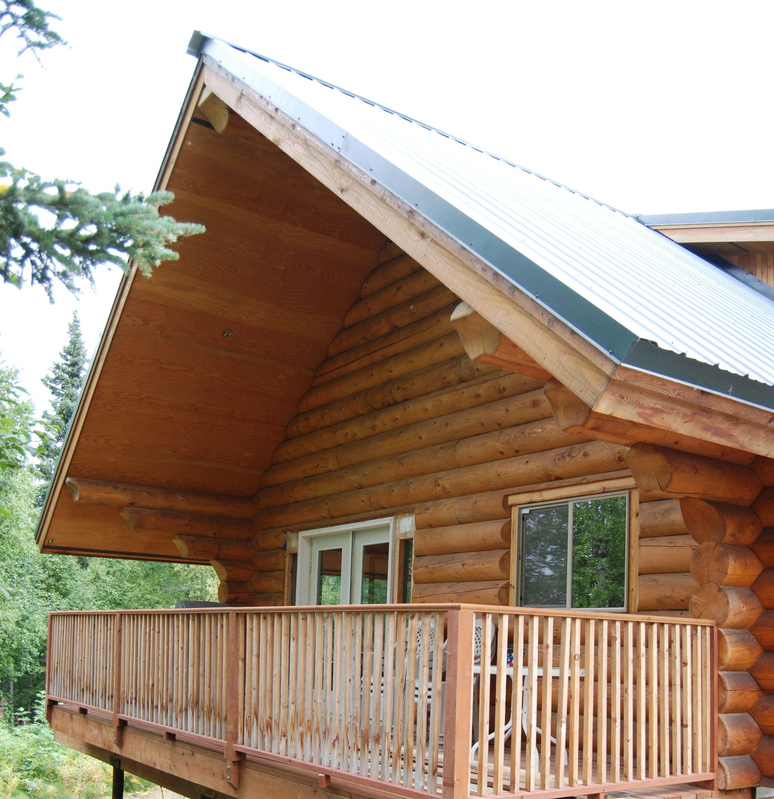Hilltop cabin deck