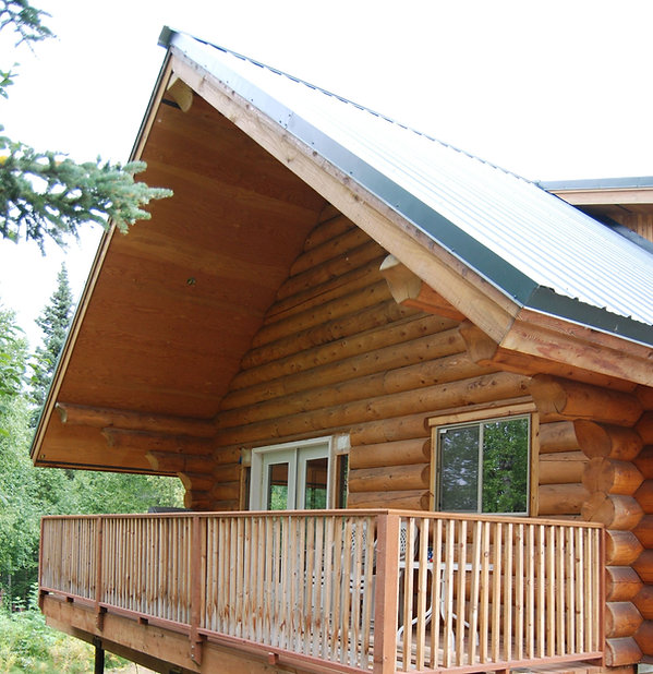 Covered Deck - Daniels Lake Cabins/Kenai Peninsula, Alaska/Vacation Rentals