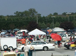 2013 10 lots of vendors.jpg