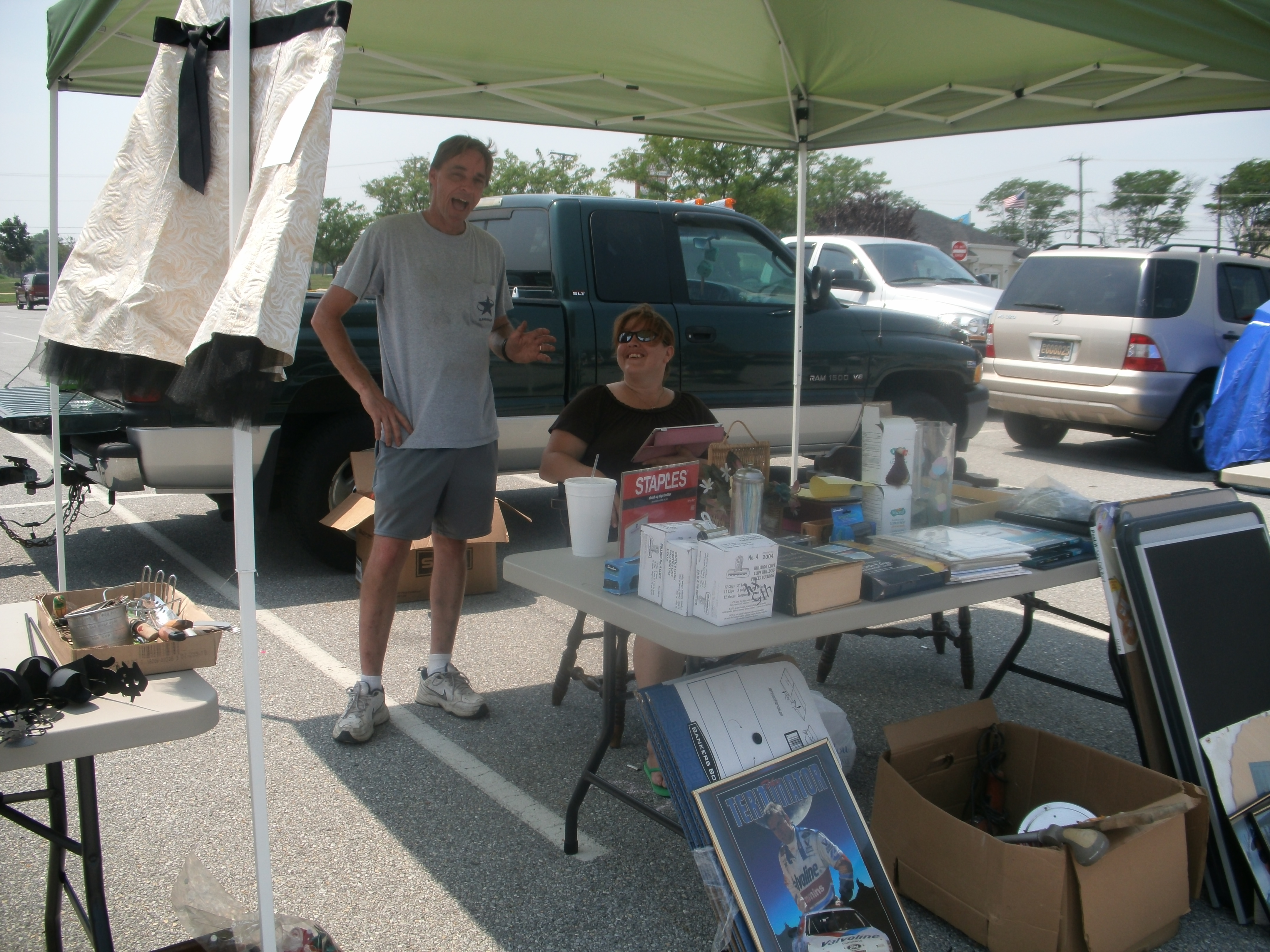 2012 09 Dan and Donna Metzgar vendor at Dutch Country Farmers Market in Middeltown.JPG