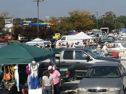 2013 10 lots of vendors in Middletown.jpg