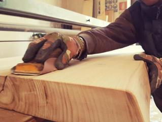 La lavorazione del vero legno di Leader Mobili