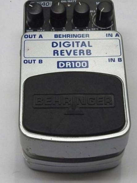 Behringer DR100 Digital Reverb guitar pedal exc condition