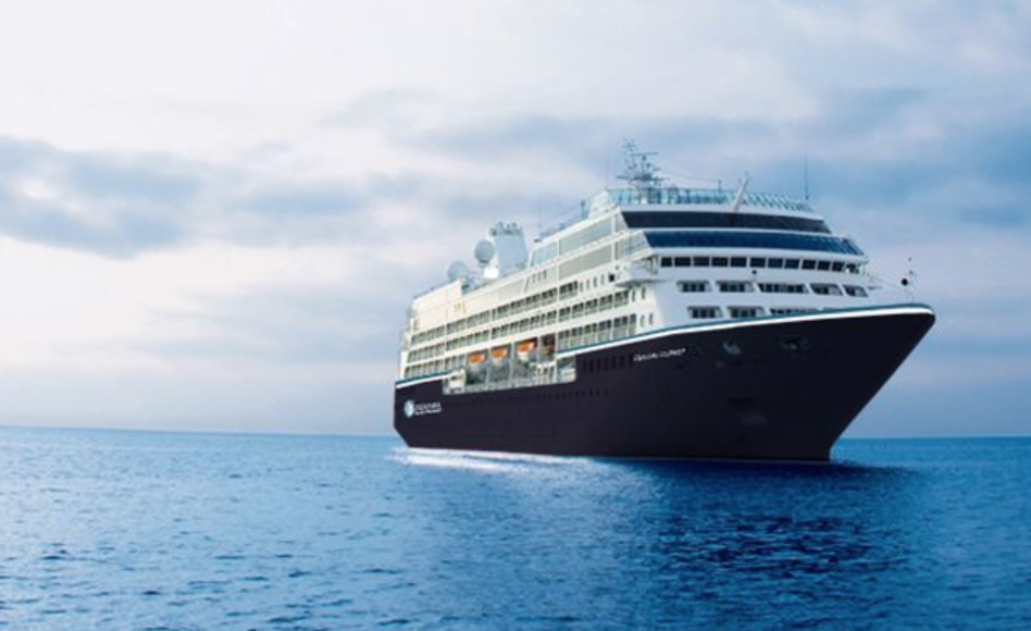 Azamara Pursuit at Sea