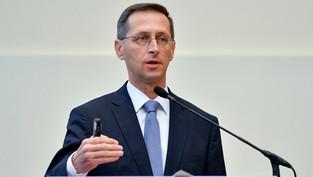 Varga: A magyar bankrendszer stabil