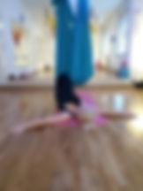 Restorativna joga u platnu
