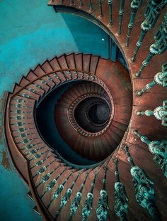 """""""UP THE DOWN STAIRCASE"""" IS NOT A  1960s MOVIE: IT IS NORMAL CHRISTIAN DISCIPLESHIP!"""