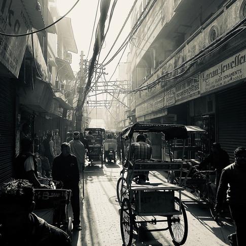 Riding in Delhi - OG07 par Olivier Goy