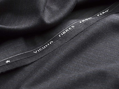 Tissus Scabal - Vicuna Suitings.jpg