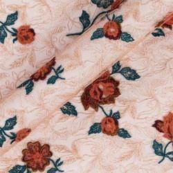 Tissu en tulle avec broderie florale