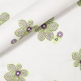 Tissu en pur lin avec broderie florale
