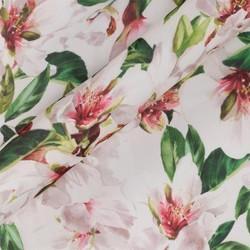 Tissu imprimé floral sur mousseline de soie