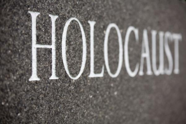Holocaust or Holohoax?