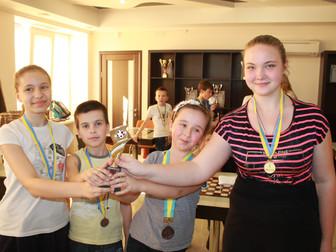 Андрей Гальченко поддержал финальные игры областного турнира «Чудо-шашки» среди школьников