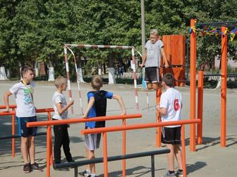 В Саксаганском районе Кривого Рога появилась новая спортивная площадка