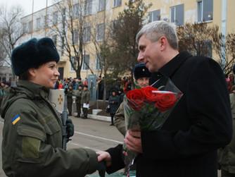 Народный депутат Андрей Гальченко поздравил военнослужащих части 3011 с принятием воинской присяги