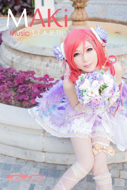 """MAKi Music S.T.A.R.T!!"" Photobook"
