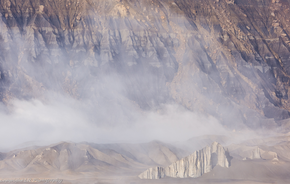 Clearing Fog, Caineville Badlands