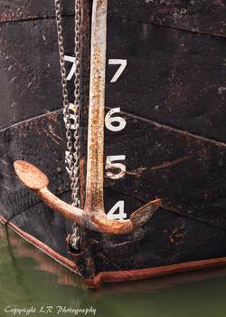 Prow & Anchor, Thames Barge II