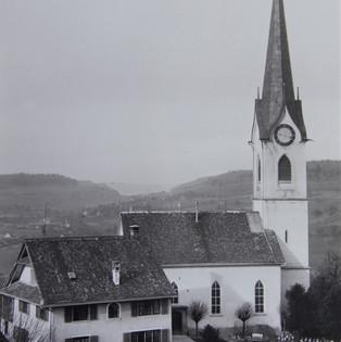 Kirche NW bis 1918 keine Uhr an der Westseite