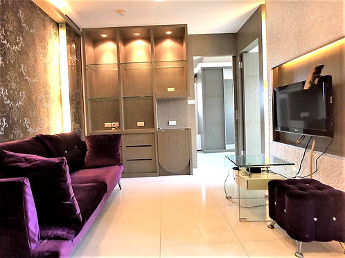 Booking a apartment in Taipei (one person)