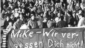 היום לפני 30 שנה - מייק פולי נורה למוות בלייפציג-לויטש