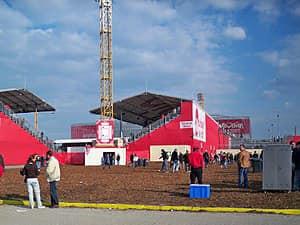 על הפעם ששדיסלדורף בנתה איצטדיון חדש ל-4 משחקים
