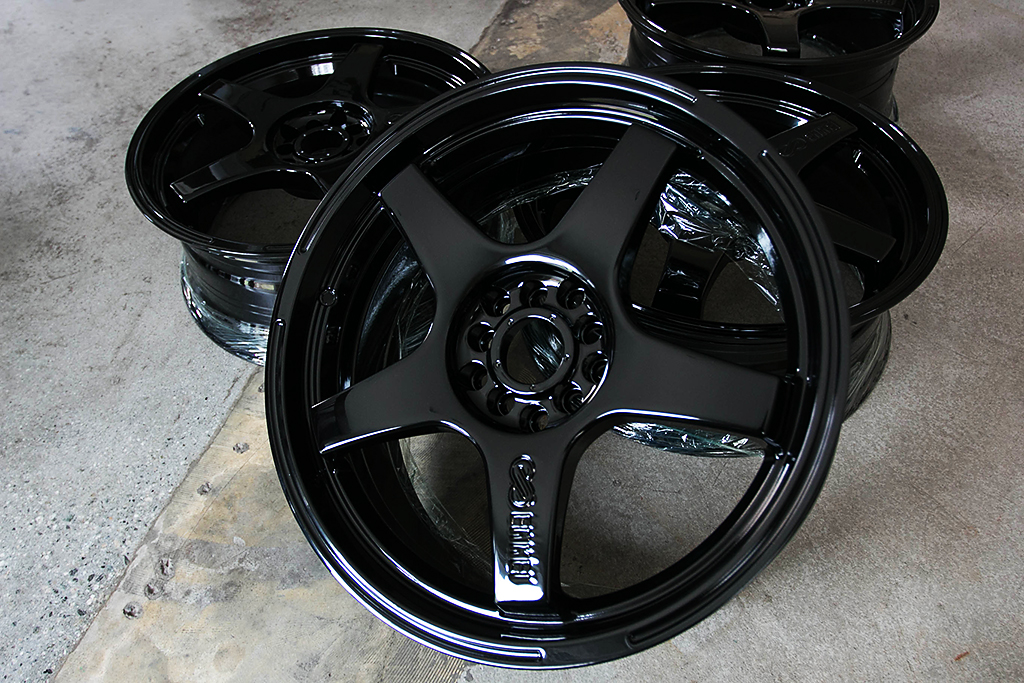 Mirror Gloss Black