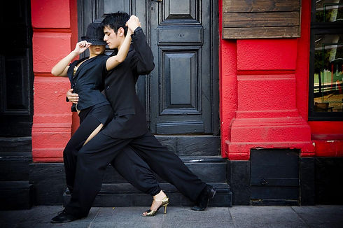 Tango_low.jpg