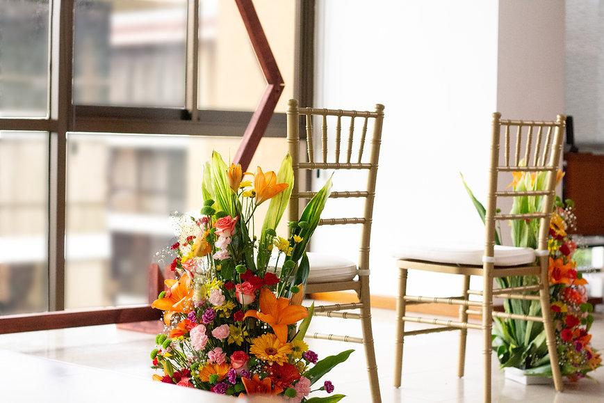 Alquileres, arreglos florales, arcos, sillas y decoraciones para bodas, fiestas y eventos en Costa Rica