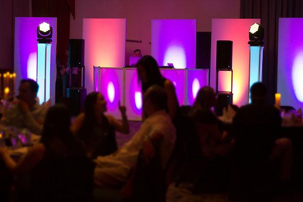 Paquetes y servicios DJ para bodas, fiestas, 15 años, eventos corporativos en Costa Rica