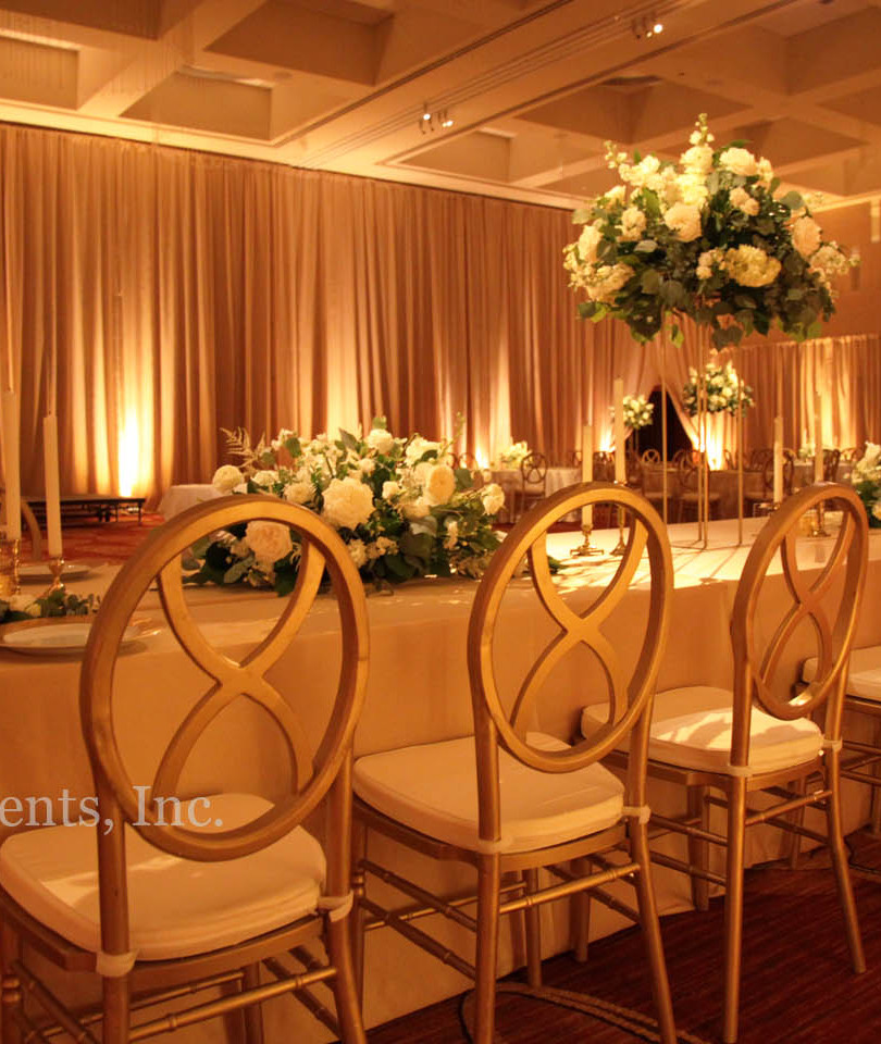 four-seasons-tall-drape-ivory-wedding-up