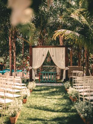 ceremonial-chairs-daylight-1804685.jpg