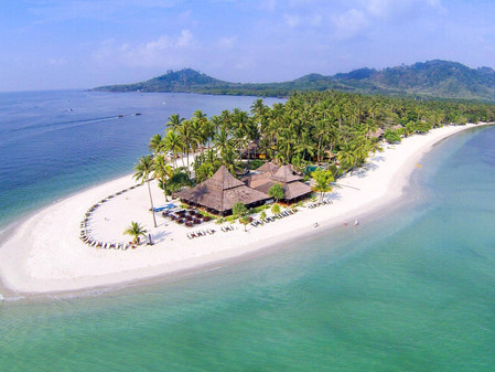 This Thai island makes those luxury resorts we all dream about an affordable (and more fun) reality!