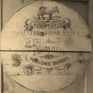 Boîte à fromage gruyère